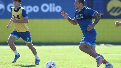 Central entrenó tras el triunfo ante Banfield y Emiliano Vecchio hizo fútbol a todo ritmo en Arroyo Seco.