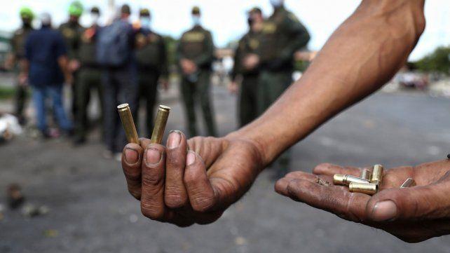 Colombia: según la Defensoría del Pueblo, ya son 42 los muertos en dos semanas de protestas