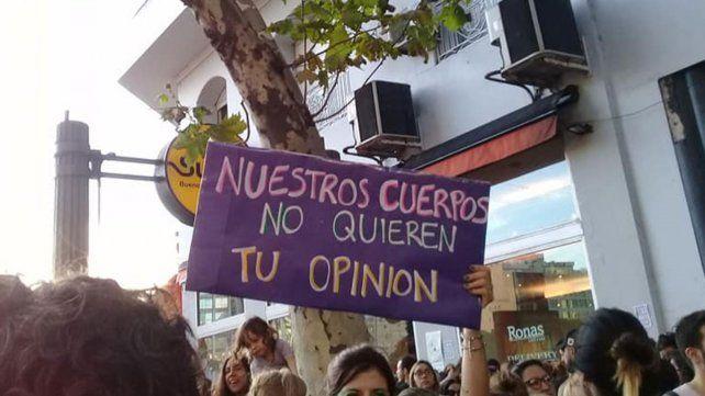 El proyecto de Código de Convivencia prevé sanciones al acoso callejero a mujeres y población LGTBIQ+.