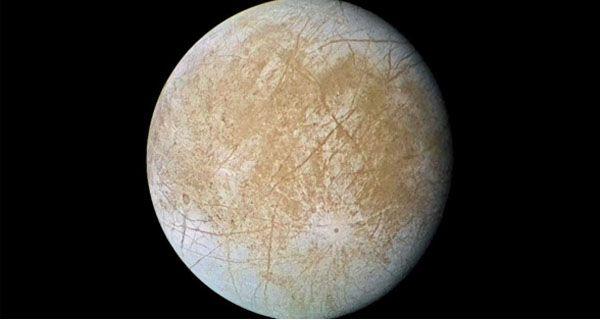 Descubrieron agua en una de las lunas de Júpiter