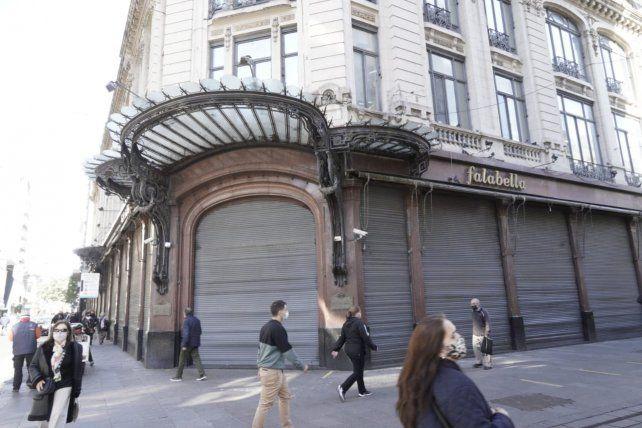 Ahora sí, Falabella bajó definitivamente las persianas de su tienda en Rosario
