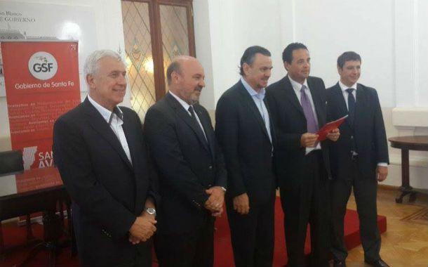 Reunidos. El ministro Galassi con los funcinarios en la Casa de Gobierno.