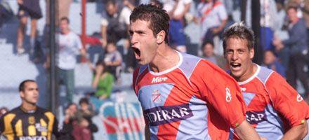 Newells: Cristian Llama llegaría el fin de semana para sumarse al plantel