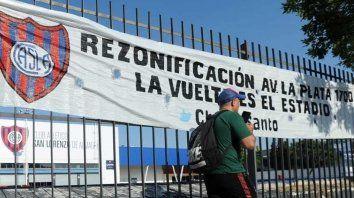 El proyecto impulsa la rezonificación del predio de Avenida La Plata, en el barrio de Boedo, a fin de habilitar la construcción del estadio en el mismo lugar donde estuvo el Gasómetro hasta que en 1979 la dictadura militar se lo expropió.