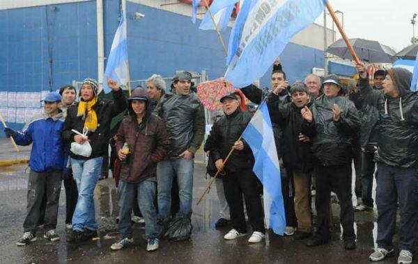 Piquetes. Los trabajadores iniciarán la semana con protestas. (Foto: N. Juncos)