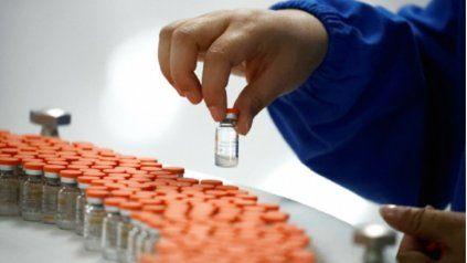 Con la expectativa de recibir 370 mil dosis de vacunas, Santa Fe se prepara para amplificar los vacunatorios activos y las logística de distribución.