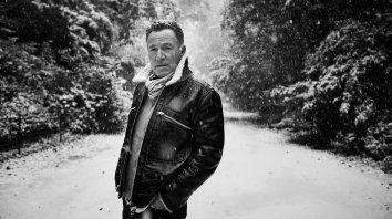 Springsteen compuso las canciones después de perder a un viejo amigo, que integraba su primera banda.