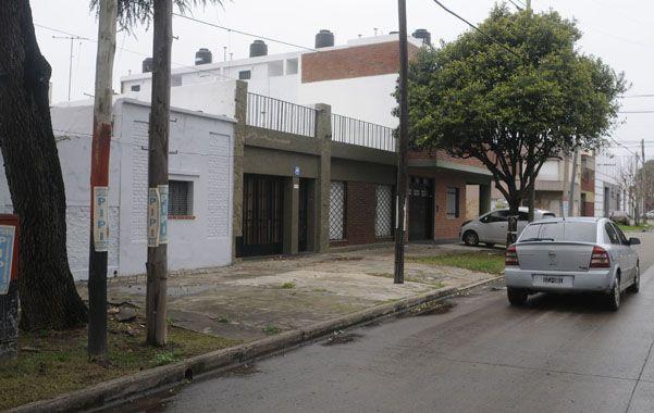 Tranquilidad. Es la que muestra la cuadra de Suipacha al 2600 donde asaltaron a Danilo y Virginia el miércoles. (foto: Leonardo Vincenti)