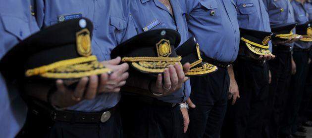 El juez Juan Andrés Donnola procesó a tres efectivos de la Unidad Regional II de Policía por su labor en el crimen del Villa Moreno.