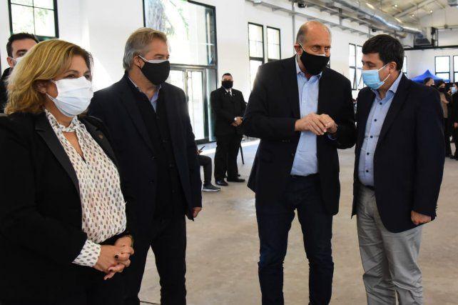 El gobernador Omar Perotti y el ministro de Desarrollo Social