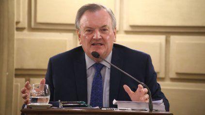 El senador Felipe Michlig suscribió la iniciativa de actualización.