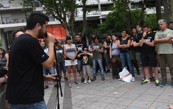 Plaza Pringles. Los artistas pidieron mejores condiciones de seguridad. (Marcelo Bustamante / La Capital)
