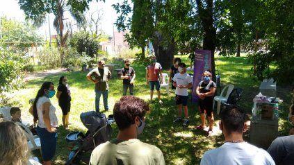 Jóvenes de Las Flores Sur durante un taller del programa Vos sabés, un espacio para reflexionar sobre las violencias en los noviazgos.