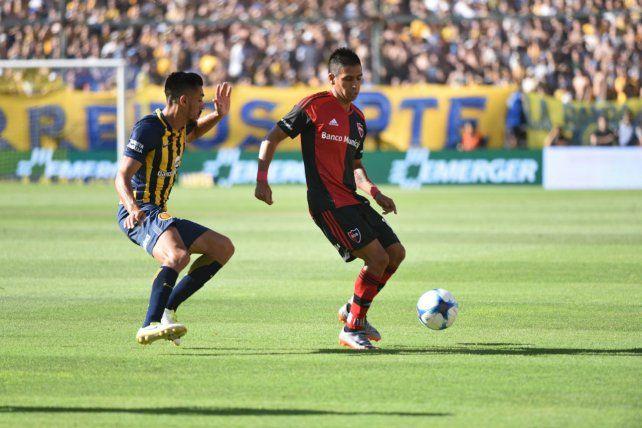 El duelo. Figueroa y Camacho en el derby de 2017. Los planteles esperan una definición.