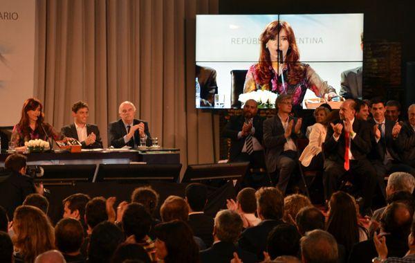 Perotti y Ramos en el acto de hoy de la presidenta.
