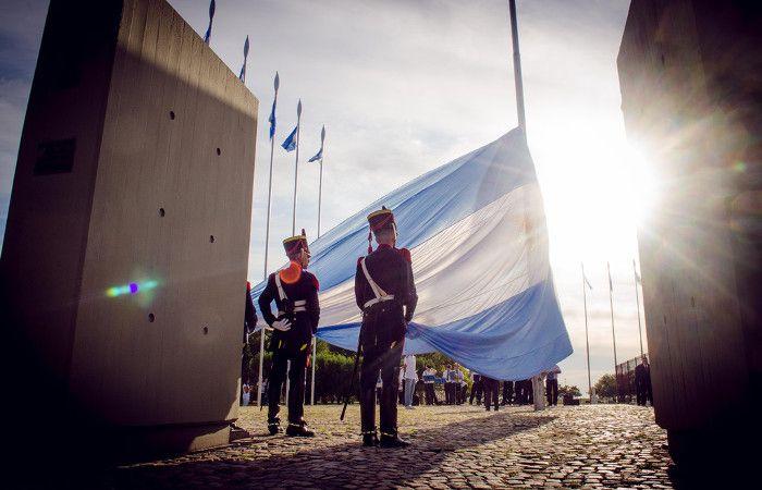 Los festejos por el 203º aniversario del Combate de San Lorenzo continuarán el domingo con la presencia de Mauricio Macri.