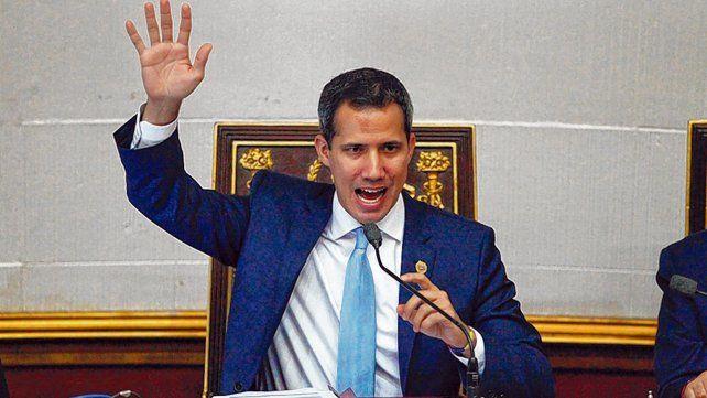 objetivo. El chavismo quiere destruir la única baza institucional que le queda al líder opositor Juan Guaidó.