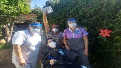 La emoción de las familias de electrodependientes que recibieron la vacuna