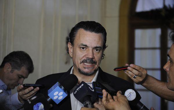 Galassi se quejó de motivaciones políticas en la campaña sucia contra el gobierno de Antonio Bonfatti.