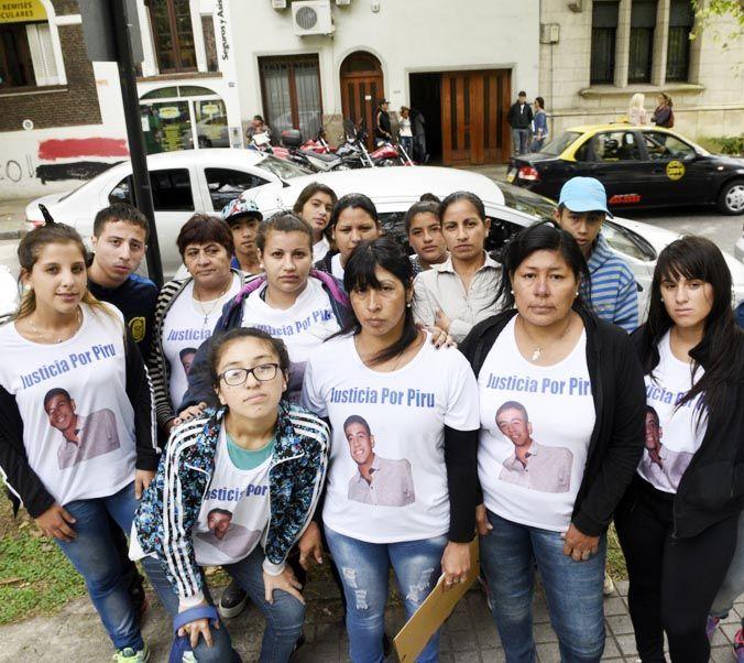 Familiares y allegados a Piru Fernández