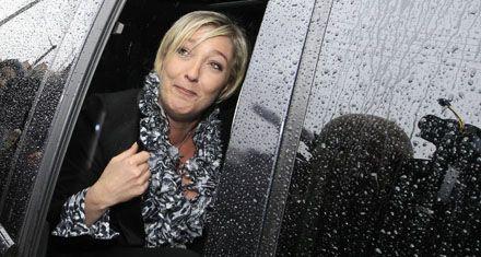 Sarkozy mejora sus chances gracias a la performance de Marine Le Pen