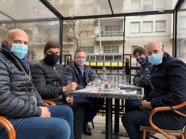 Rodríguez Larreta y Lousteau con los radicales santafesinos Pullaro y Michlig.
