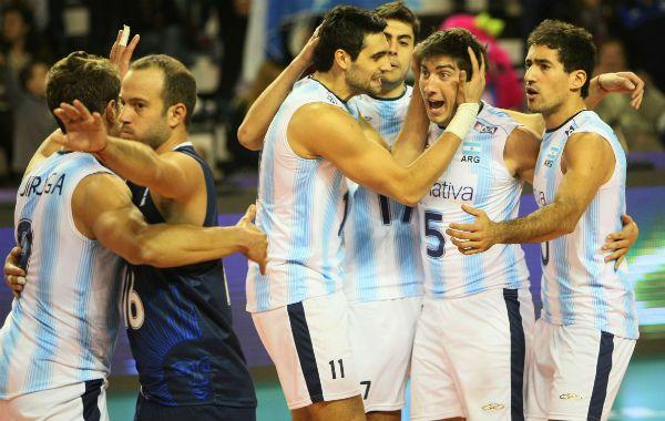 Revertir la imagen. Argentina sólo ganó un partido en la Liga en el 2013.
