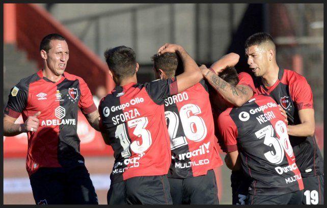 Nicolas Castro clavó el empate para Newell