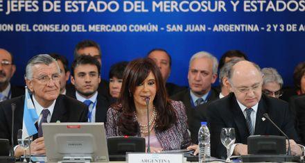 Cristina agradeció a Mujica por el acuerdo en torno a la pastera UPM
