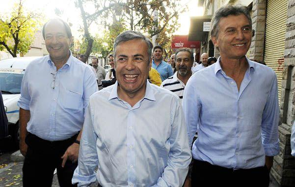 Sanz y Macri. El titular de la UCR y el líder del PRO apoyan a Cornejo.