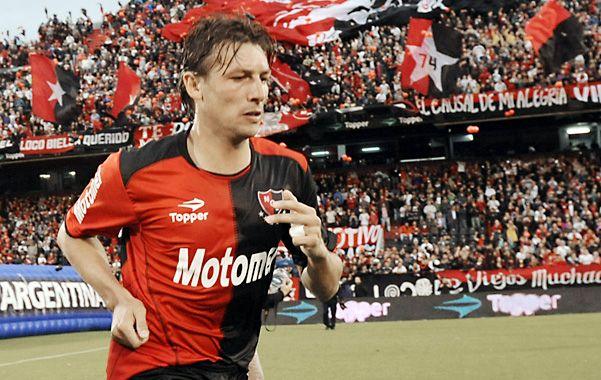 Gringo viejo. Heinze ya cumplió la fecha de suspensión en la Copa Libertadores y esta tarde será el puntal de referencia para la defensa leprosa.