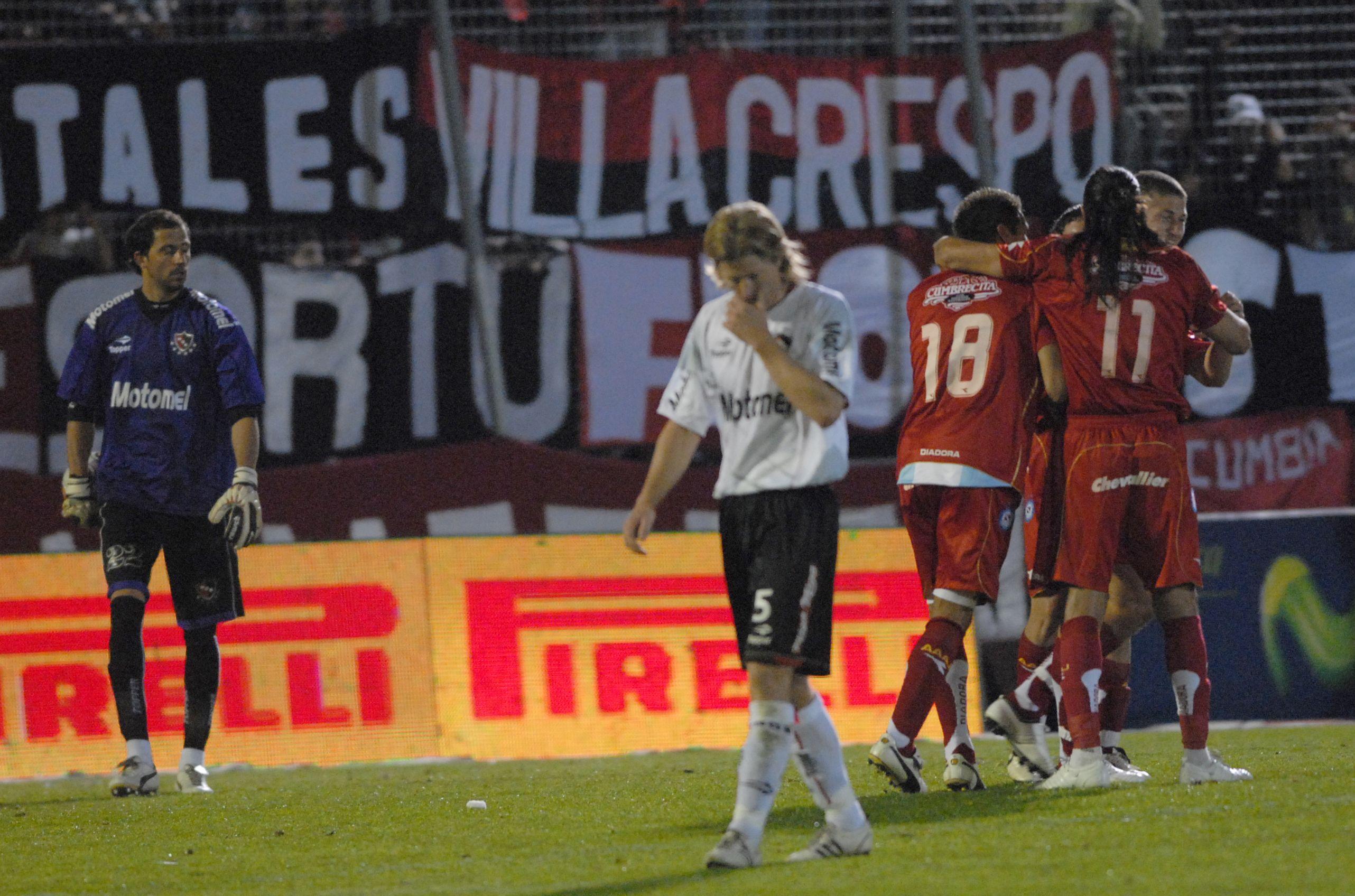 Newells repitió errores del campeonato pasado y perdió frente a Argentinos Juniors