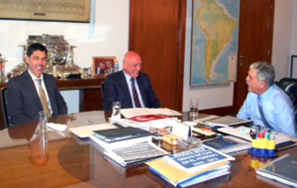 Ramos destacó el encuentro que mantuvo con el gobernador Bonfatti y con el ministro De Vido.
