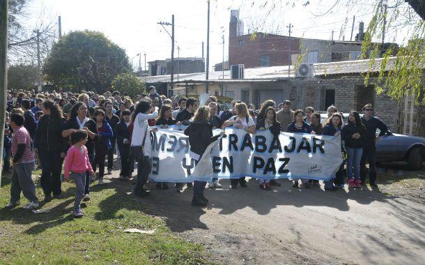 Se hicieron escuchar. La marcha realizada ayer partió desde la puerta de la escuela y sirvió para solicitar a viva voz políticas inclusivas.