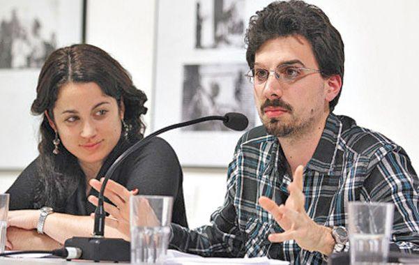 Investigadores. Rosende y Pertot presentaron el libro sobre el caso López en el Museo de la Memoria de Rosario.