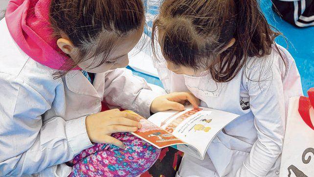 Vivalectura reconoce las iniciativas que promueven el acercamiento a los libros.