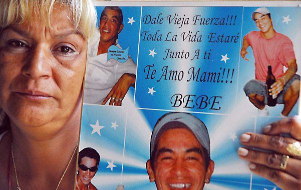 """Reclamo. La mamá de """"Bebe"""" Barrios aún espera justicia por su hijo."""