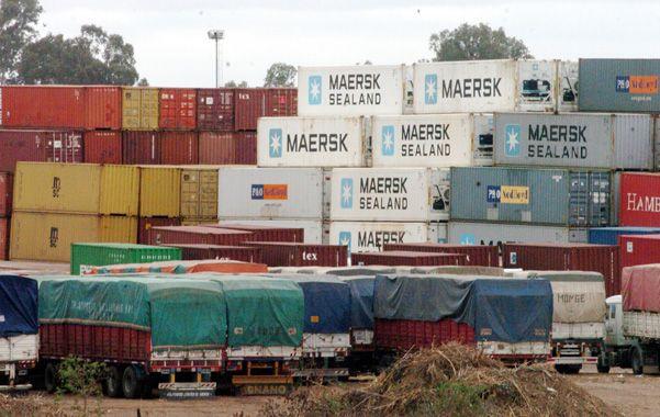 Comercio exterior. El gobierno ajusta los controles para evitar el drenaje de divisas por vía de las importaciones.