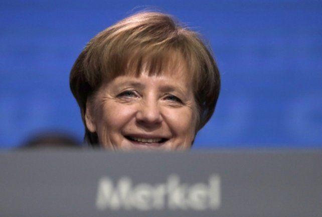 interminable. Angela Merkel seguirá al frente de Alemania