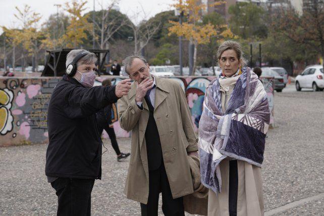 Hugo Grosso junto a Roberto Suárez y Gilda Scarpetta.