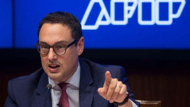 La recaudación subió 32 por ciento y la Afip lanza un plan para financiar punitorios