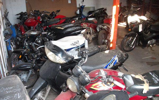 El senador provincial Lisandro Enrico denunció públicamente que en Venado Tuerto existen más de 30 talleres de motos clandestinos.