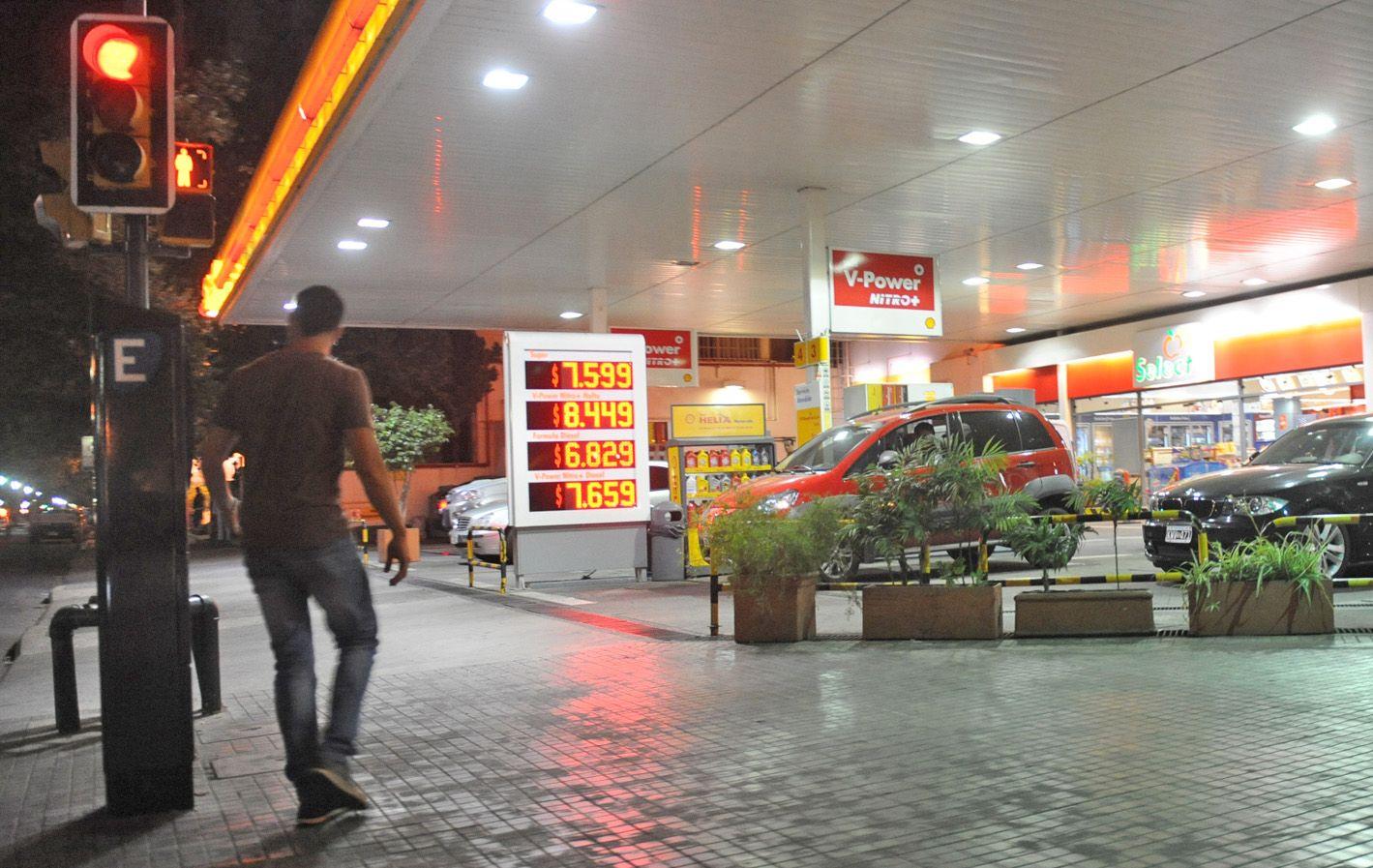 Energía cara. Los estacioneros locales se adhirieron a las subas dispuestas por los grandes actores del sector.