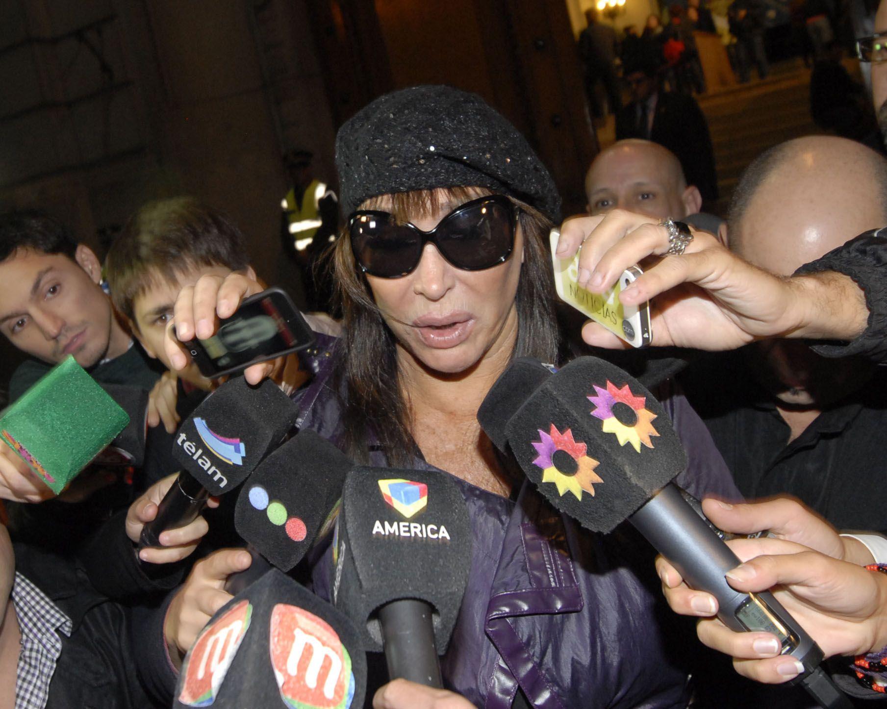 Moria Casán no quiere hablar del mal momento que vivió cuando fue detenida en Paraguay.