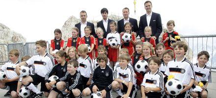 Löw dio la lista alemana para la Eurocopa y dejó afuera al arquero Hildebrand