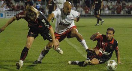 Clausura 2011: Newells nunca arrancó y perdió merecidamente ante Estudiantes por 2 a 1