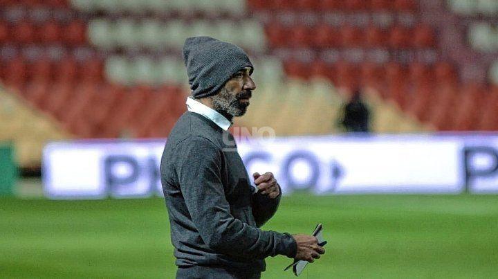 Juan Manuel Azconzábal apostará por el mismo equipo o cambia de esquema y nombres.