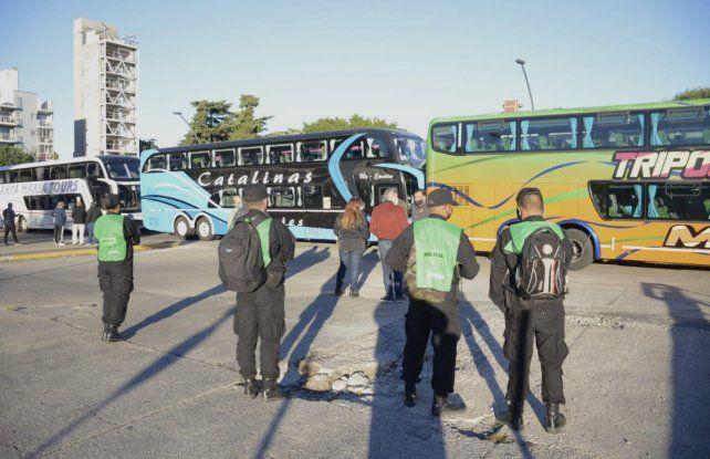 La protesta se lleva adelante en la zona de Castellanos entre Córdoba y Santa Fe.