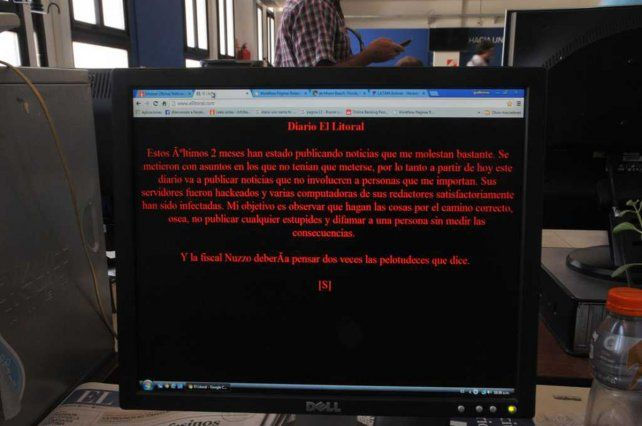 El mensaje intimidatorio que el atacante dejó en la web de El Litoral.