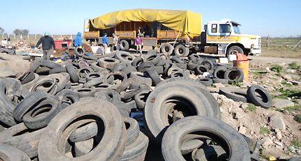 Rafaela cuida el ambiente y recicla 7 toneladas de neumáticos en desuso